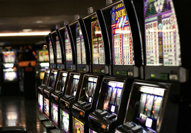 Возможность играть на игровых автоматах на деньги Вулкан